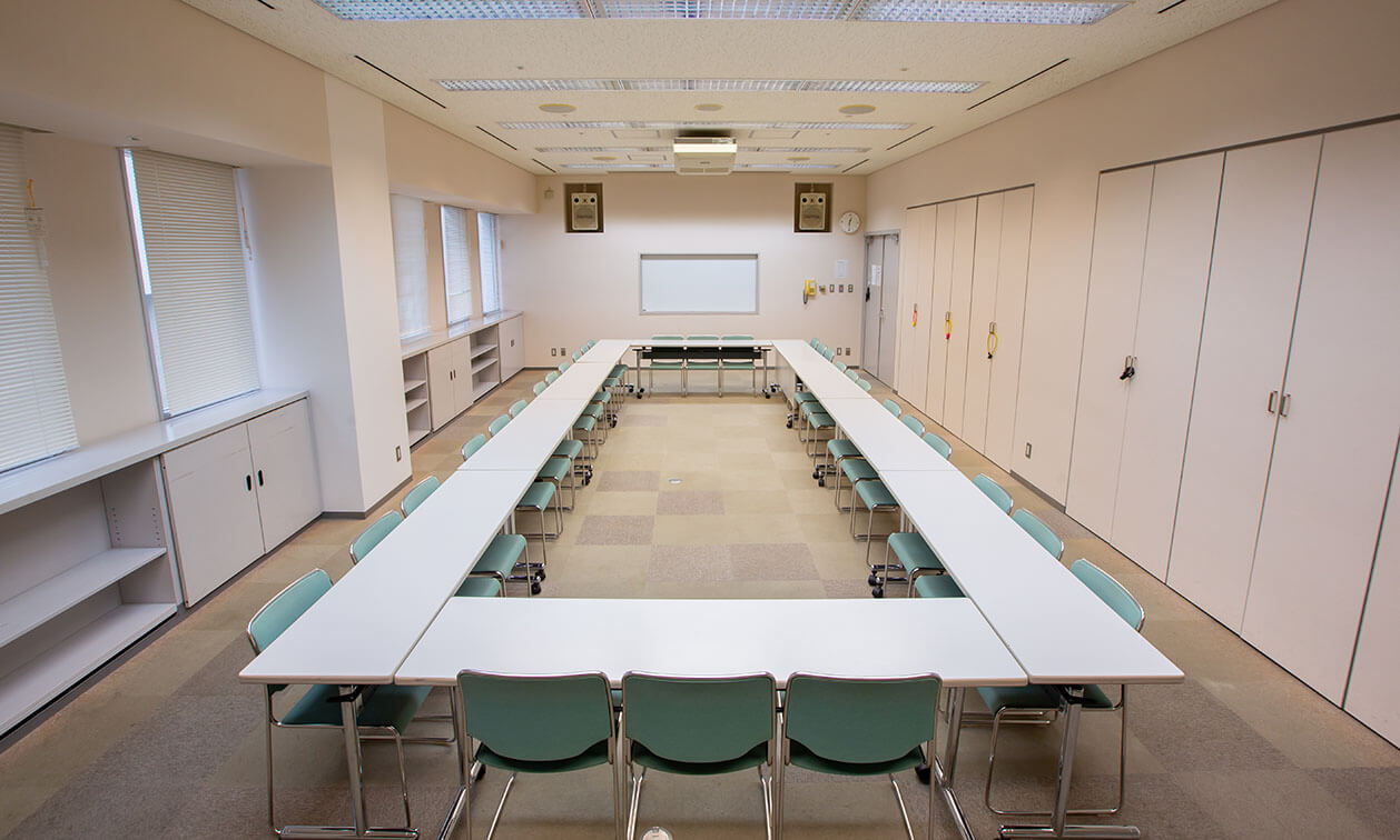 第1会議室内観